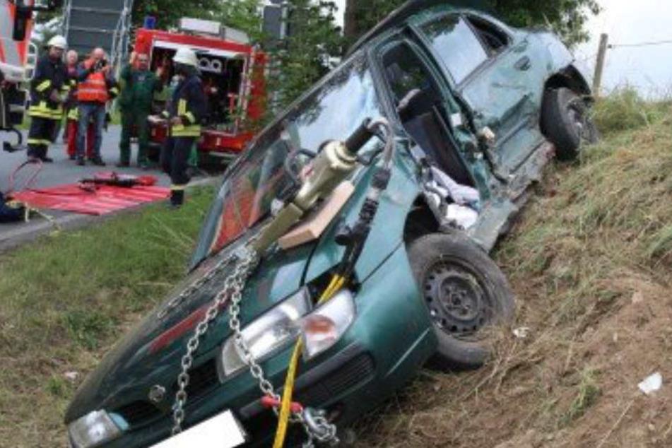 Mutter baut schweren Unfall auf Schulweg und verletzt vier Kinder