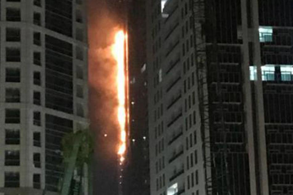 Schon wieder! Wolkenkratzer in Dubai brennt