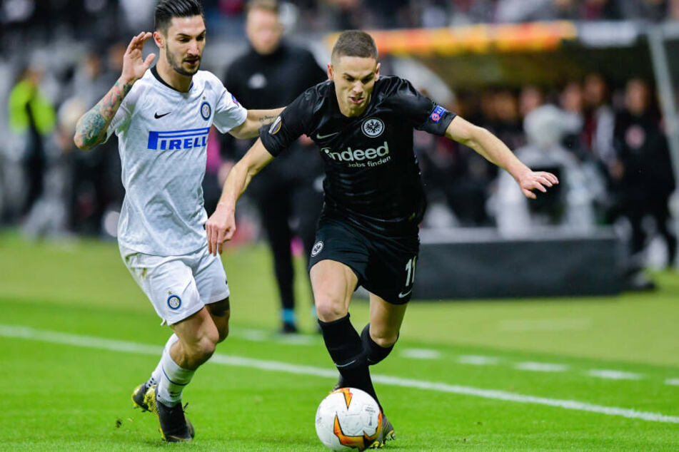 Am Donnerstag spielen Mijat Gacinovic (Re.) und Kollegen bereits bei Inter Mailand um den Einzug ins Europa League-Viertelfinale.
