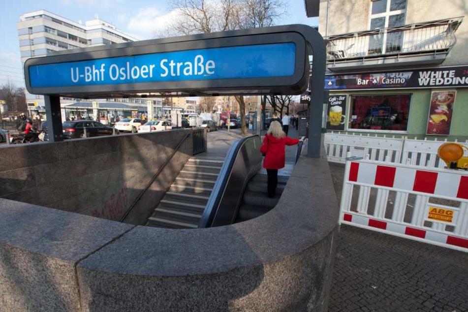 Ein junger Mann wurde am U-Bahnhof Osloer Straße in Berlin-Mitte schwer verletzt (Symbolbild).