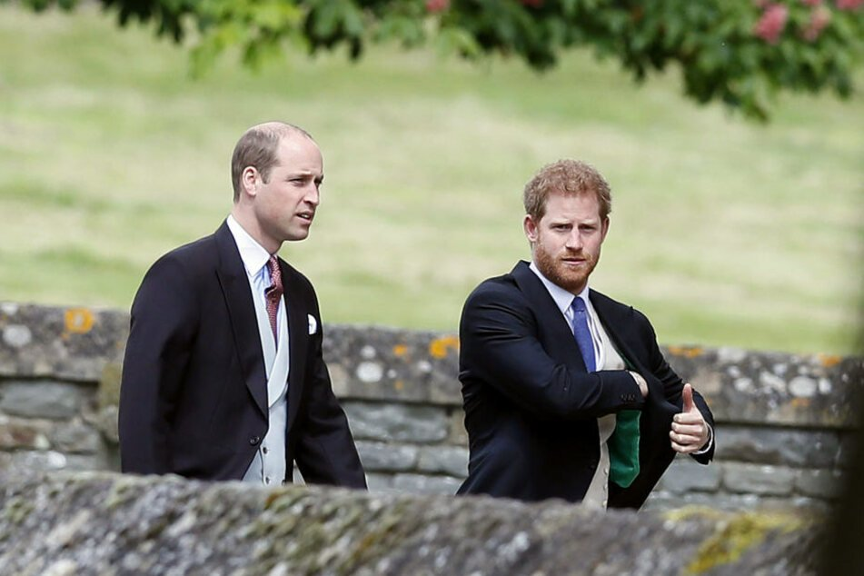 William und Harry sind bei der Trauung natürlich auch dabei.