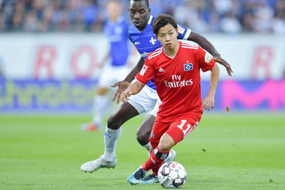 In dieser Saison absolvierte Tatsuya Ito neun Partien für den HSV. Hier ist er gegen Darmstadt im Einsatz.
