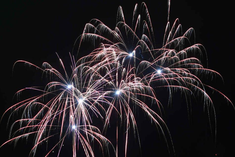 Durch Nebel und hohe Luftfeuchtigkeit könnte das Feuerwerk-Spektakel an Silvester nicht gut gesehen werden.