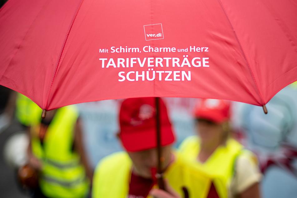 Die Auseinandersetzung könnte eskalieren, Verdi-Mitglieder sind zu einer Urabstimmung übe runbefristete Streiks aufgerufen. (Symbolbild)