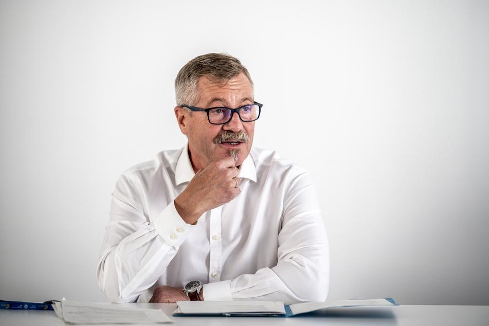 Ordnungsbürgermeister Miko Runkel (60, parteilos).