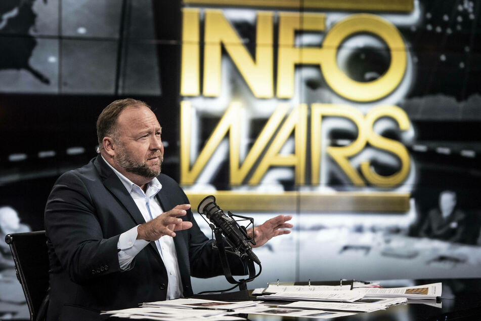 Alex Jones (47), creator of the site InfoWars, is known for propagating conspiracy theories and fake news.