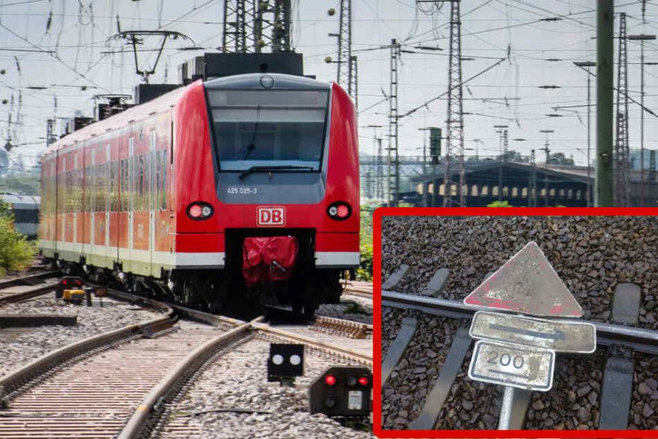 Erneut Gegenstände auf Gleis gelegt: Zug kann nicht mehr bremsen