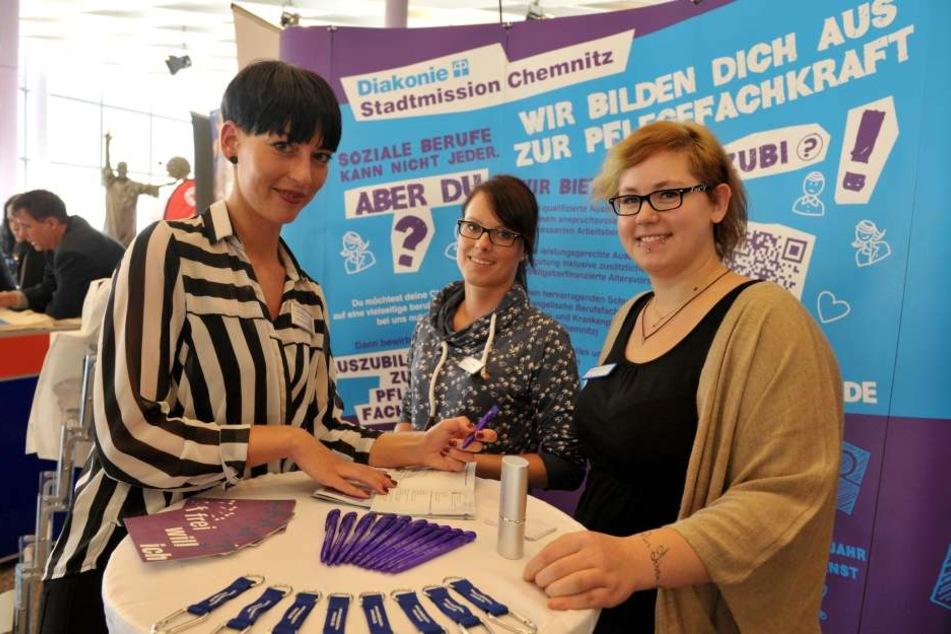 Mirijam Kaufmann, Ausbildungsleiterin der Diakonie Stadtmission sucht auch bei Ausbildungsmessen nach neuen Mitarbeitern.