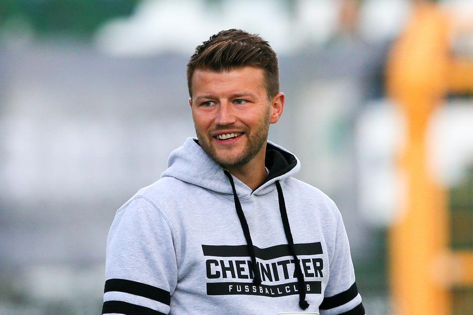 CFC-Coach Daniel Berlinski (35) sitzt aktuell noch fest im Sattel.