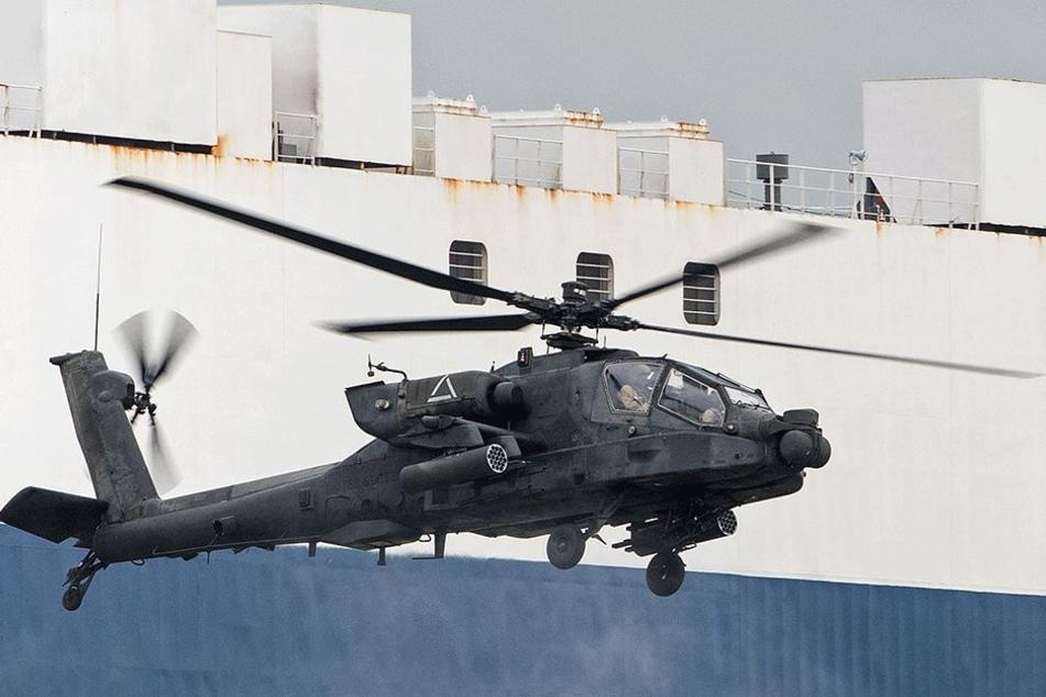 Solche Apache-Hubschrauber waren auch über Chemnitz zu sehen (Symbolbild).