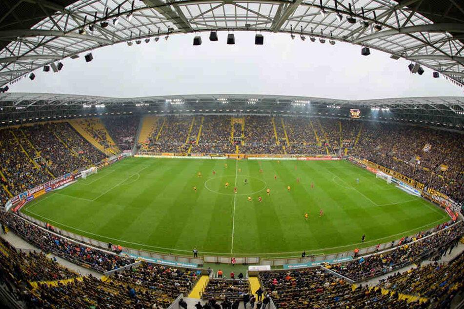Das DDV-Stadion ist schon jetzt ein stimmungsvoller Tempel.