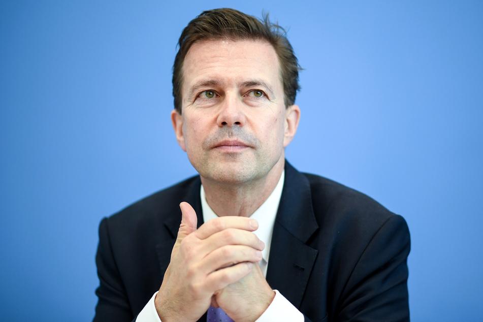 Regierungssprecher Steffen Seibert (60).