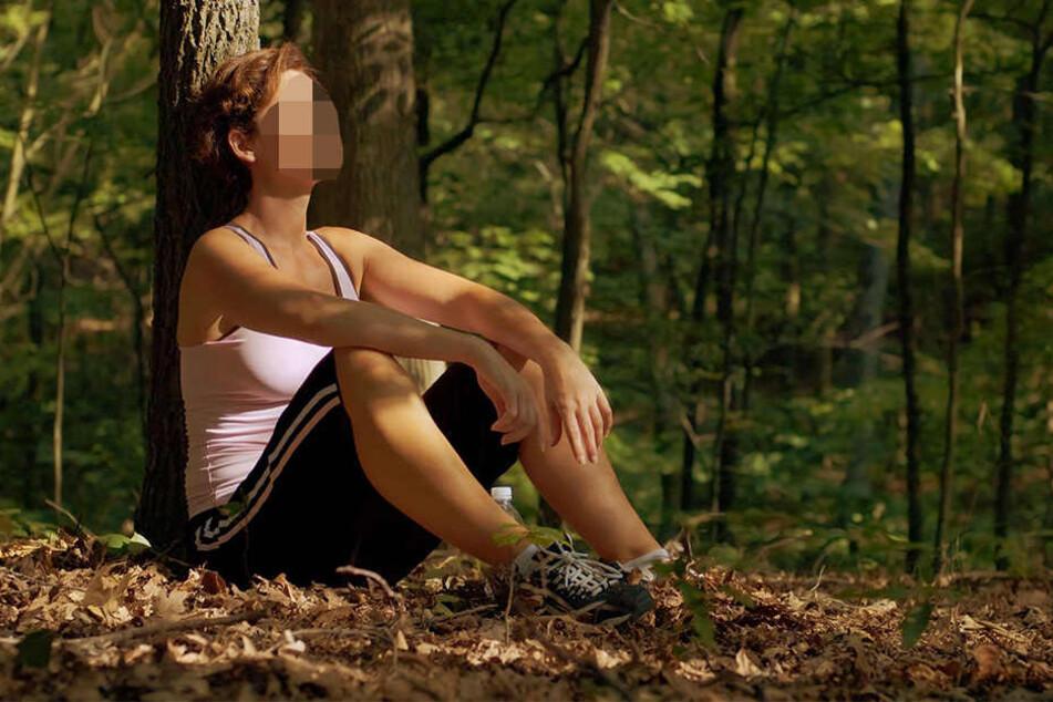 Die Joggerin (59) war am Samstagmorgen in Lippe unterwegs, als sie dem Täter nur knapp entkommen konnte. (Symbolbild)