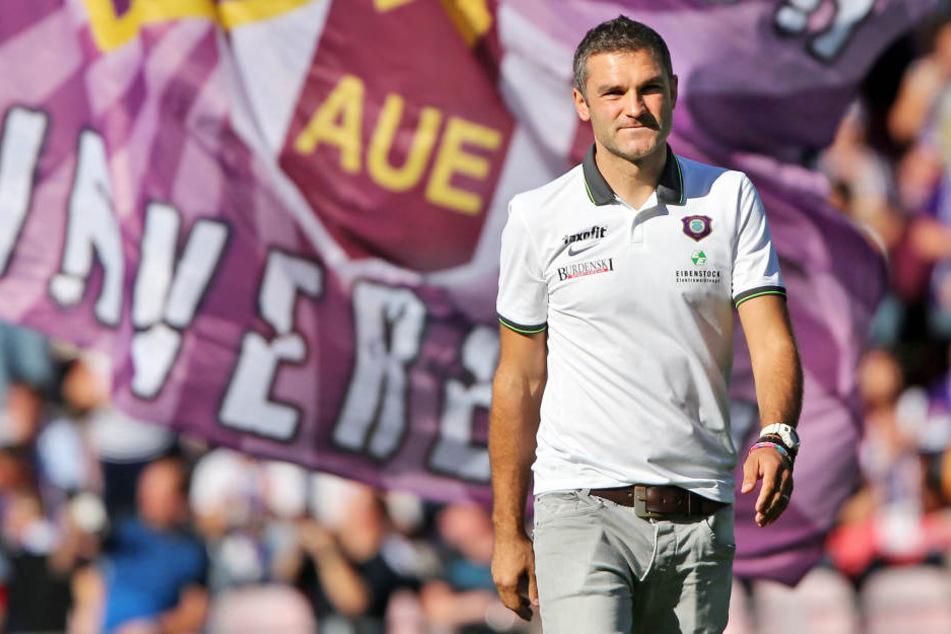 Von September 2014 bis Mai 2015 war Tommy Stipic Trainer in Aue. Mit ihm stieg der FCE ab.