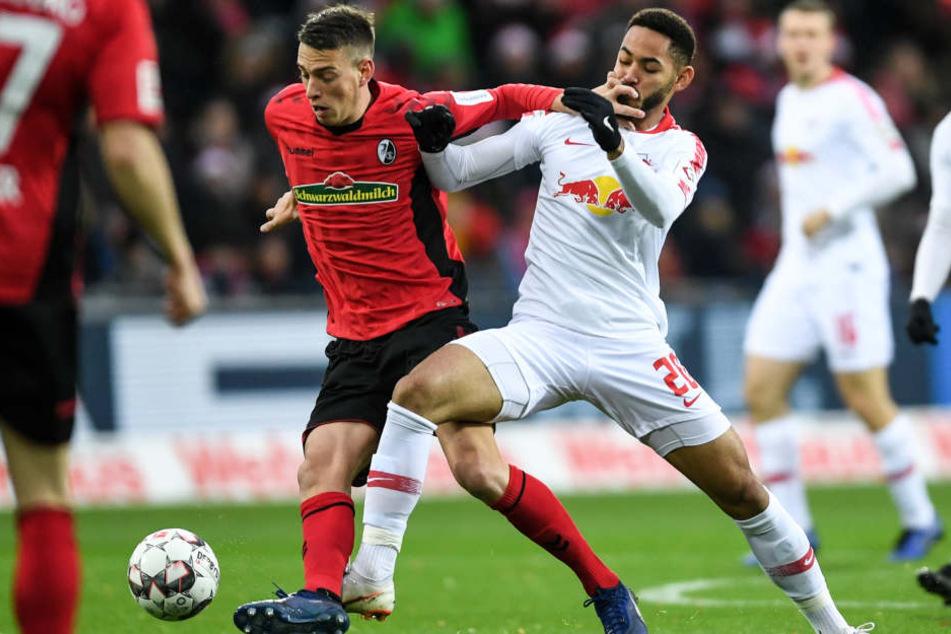 Im vierten Auswärtsspiel beim SC Freiburg in der Vereinsgeschichte gab es beim 0:3 am Samstag schon die dritte Niederlage für RB Leipzig.