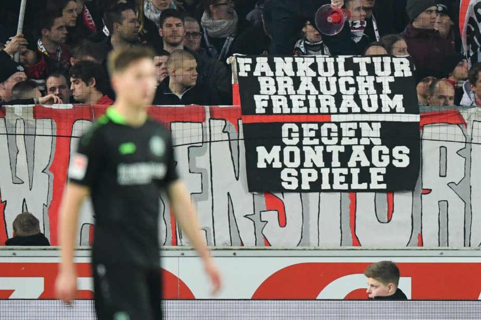 Beim ersten Montagsspiel in Frankfurt sind bereits Fanboykotts angekündigt worden.