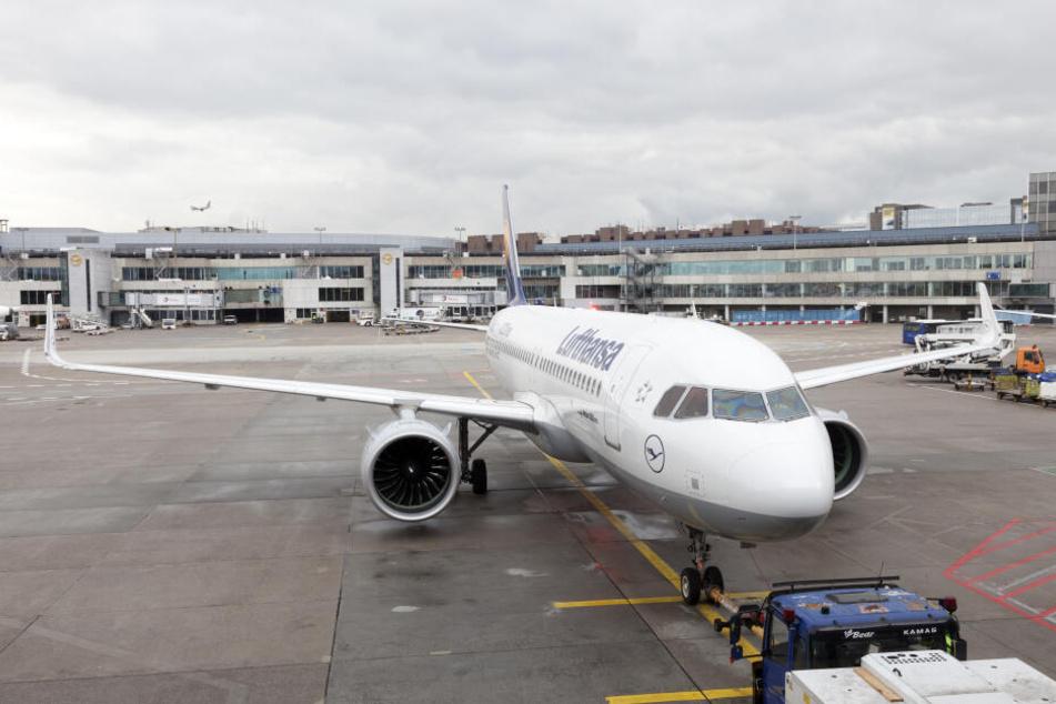 Triebwerk von Lufthansa-Maschine fällt aus: Passagier schildert Schreckmomente an Bord