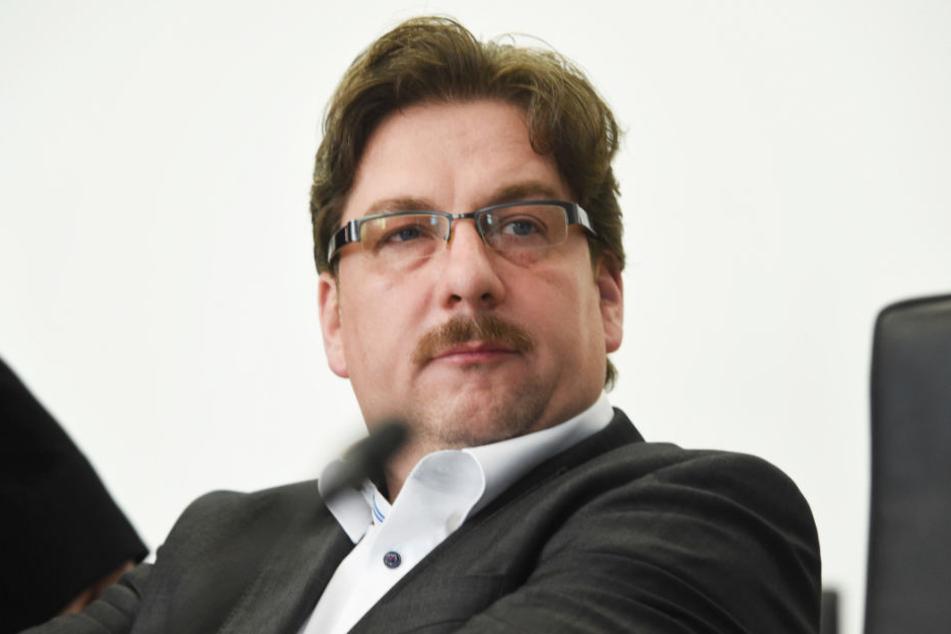 Holger Arppe sitzt im Landtag von Mecklenburg-Vorpommern und ist zwar AfD-Mitglied, gehört aber nicht mehr der Fraktion an.