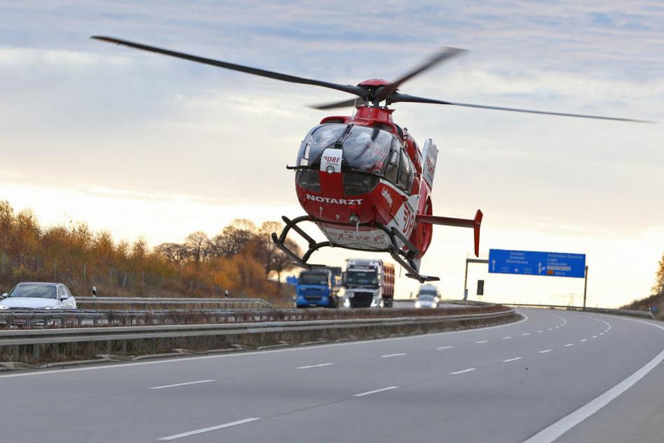Auch ein Rettungshubschrauber war bei dem Unfall im Einsatz.
