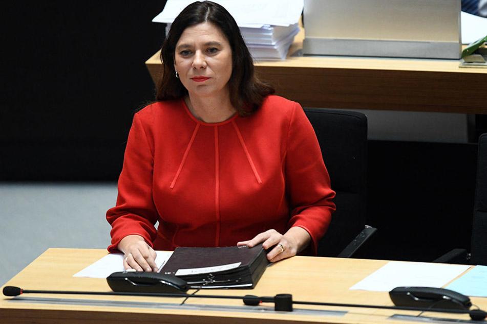 Bildungssenatorin Sandra Scheeres hat der Grundschule ihre Unterstützung zugesagt.