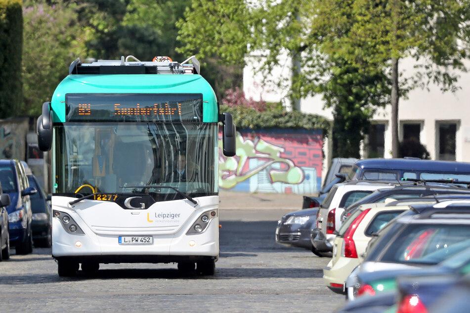 Zu sehen waren E-Busse in Leipzig schon seit einer Weile, nun rollen sie auf einer ganzen Linie - und weitere sollen folgen. (Archivbild)