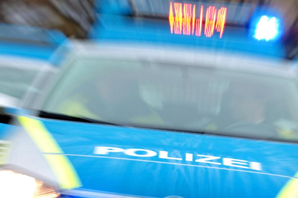 Die Polizei fahndet nach dem Täter und sucht dringend Zeugen (Symbolbild).