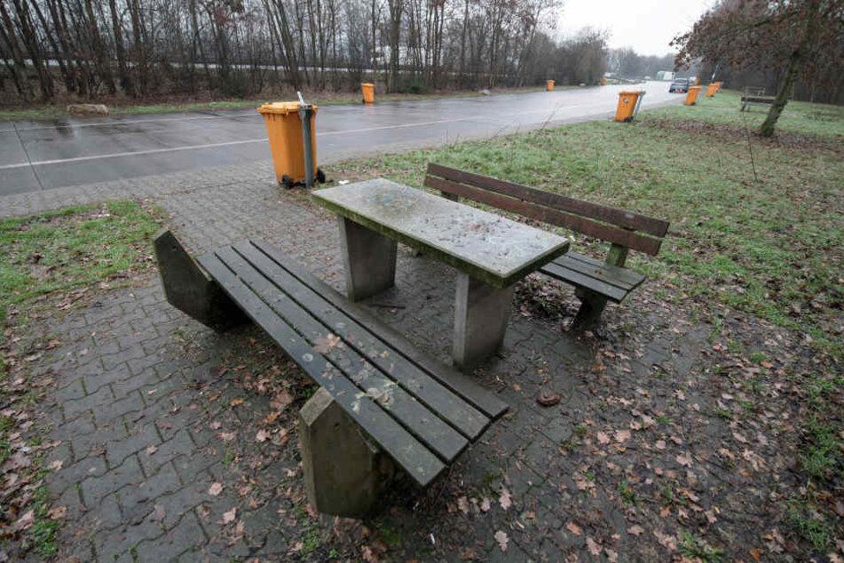 """Der Parkplatz """"Fuchsbuckel"""" am Morgen nach dem Horror-Unfall."""