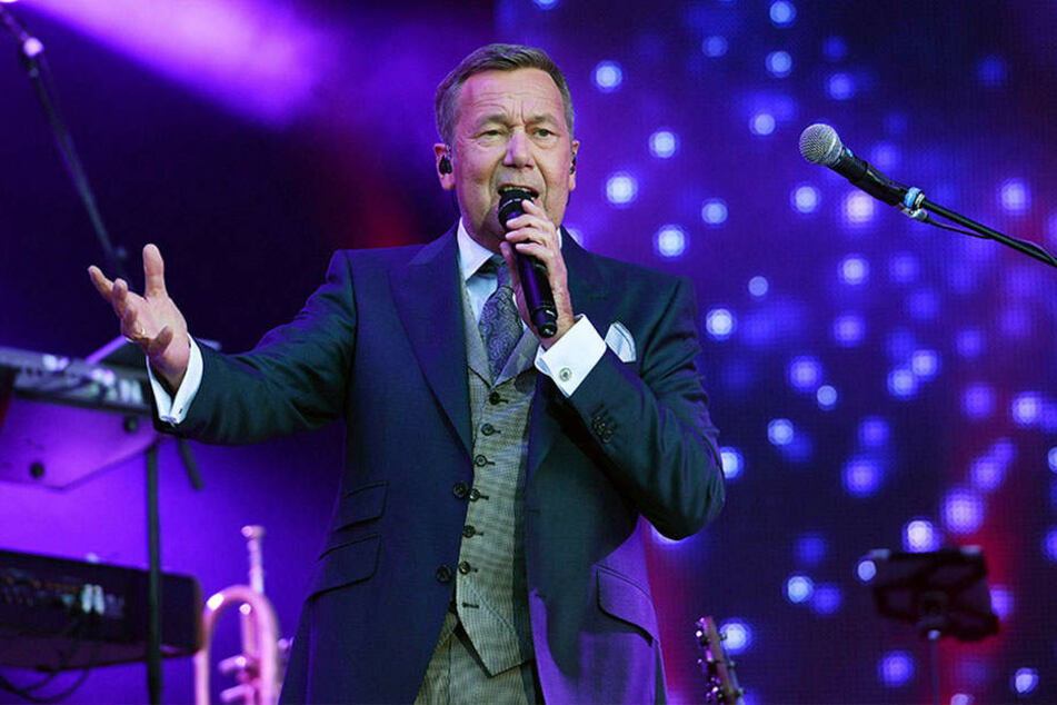Roland Kaiser (bald 65) zieht noch immer Zehntausende zu seinen Konzerten.
