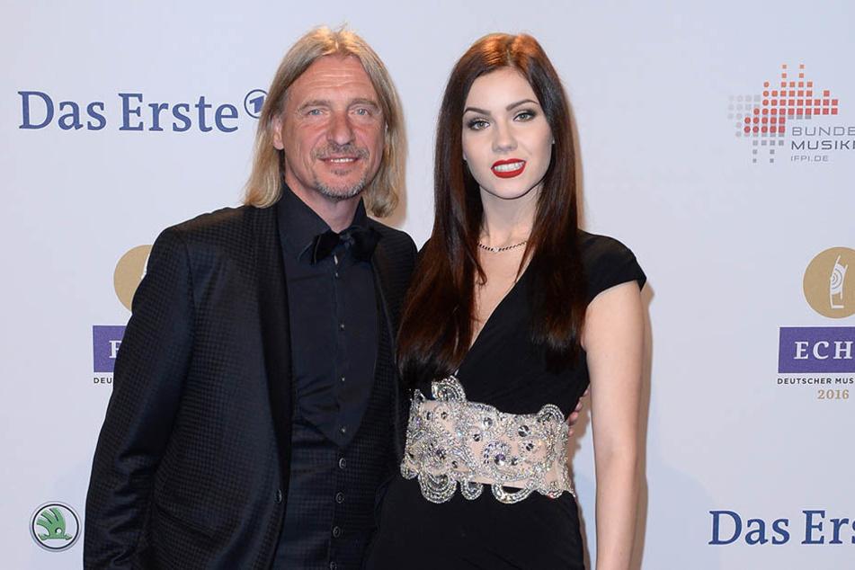 Ihre Liebe hat einen stolzen Altersunterschied von 39 Jahren: Nathalie Volk (20) und Versandhaus-Erbe Frank Otto (59).