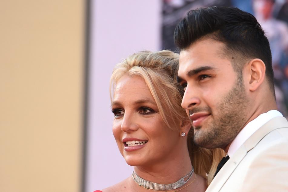 Britney Spears (39) möchte erstmals Verlobung mit Sam Ashgari (27) feiern.