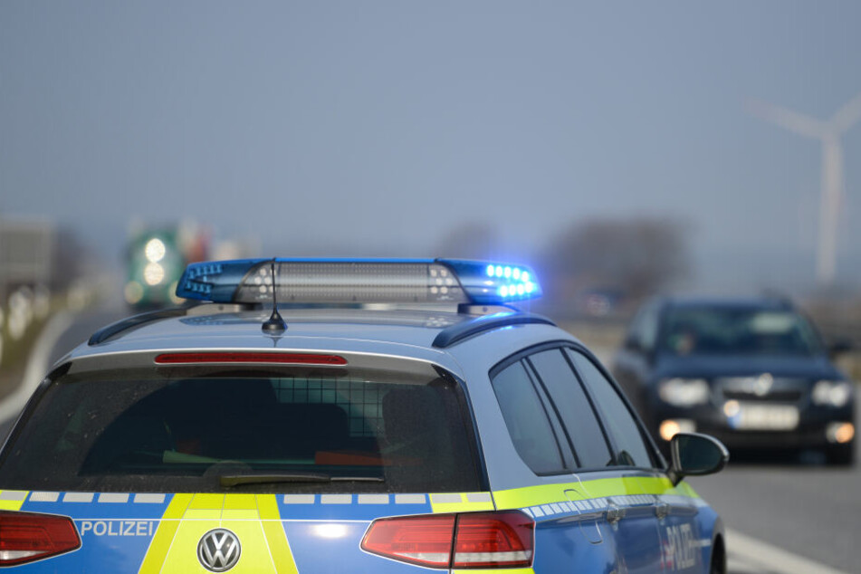 Bei einer Führerscheinkontrolle wurde die Polizei mit einer abstrusen Ausrede konfrontiert. (Symbolbild)