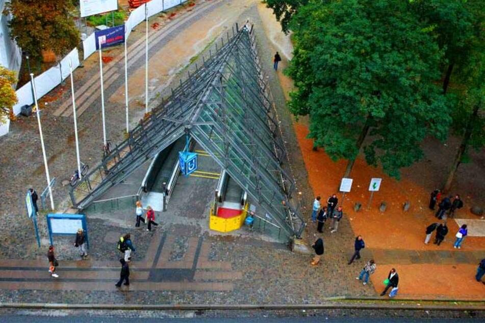 """Architektonisch ist die """"Tüte"""" in Bielefeld durchaus interessant. Aber sie lockt keine Architektur-Liebhaber an, sondern Alkoholiker, Junkies und Obdachlose."""