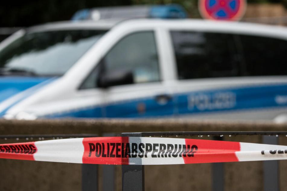 Polizisten konnten den Tatverdächtigen in Tatortnähe festnehmen (Symbolbild).