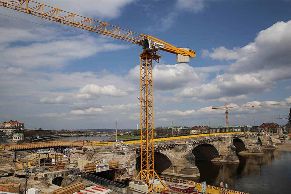 Pfeiler aus dem 13. Jahrhundert: Augustusbrücke gibt ihre Geschichte ...