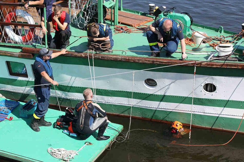 Hilferuf von Sächsischer Dampfschiffahrt: THW musste ausrücken