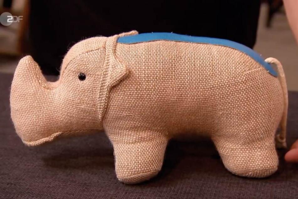 Das Nashorn wurde von der Künstlerin Renate Müller entworfen und ist ziemlich wertvoll.