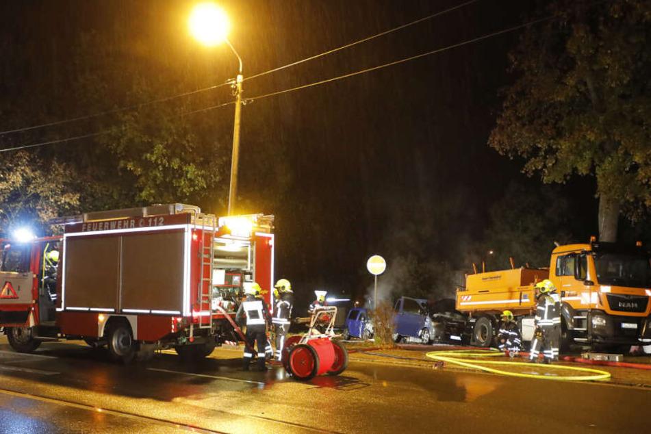 In der Zwickauer Straße brannten zwei Autos.