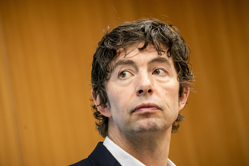 Christian Drosten, Direktor am Institut für Virologie an der Charite - Universitätsmedizin Berlin, aufgenommen im Forschungsministerium bei einer Pressekonferenz zum Nationalen Forschungsbündnis der Universitätsmedizin im Kampf gegen Covid-19.