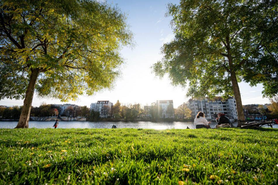 Berlin: Wolken ziehen über Berlin und Brandenburg auf, doch dann wird es meist heiter