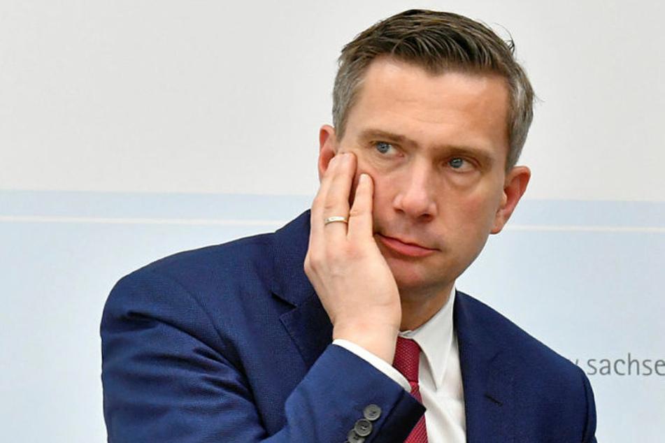 Wirtschaftsminister Martin Dulig (46, SPD) will noch diese Woche Hilfen für die Wirtschaft ausweiten.