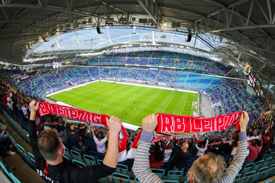 RB Leipzig darf sich in den ersten beiden Heimspielen der neuen Bundesliga-Saison auf die Unterstützung von bis zu 23.500 Zuschauern freuen.