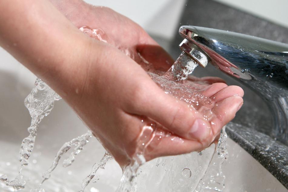 Das Trinkwasser im Raum Altötting ist seit der Sanierung unbedenklich. (Symbolbild)