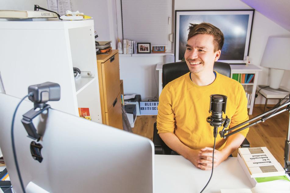 Netzlehrer Bob Blume kritisiert den digitalen Unterricht an Schulen