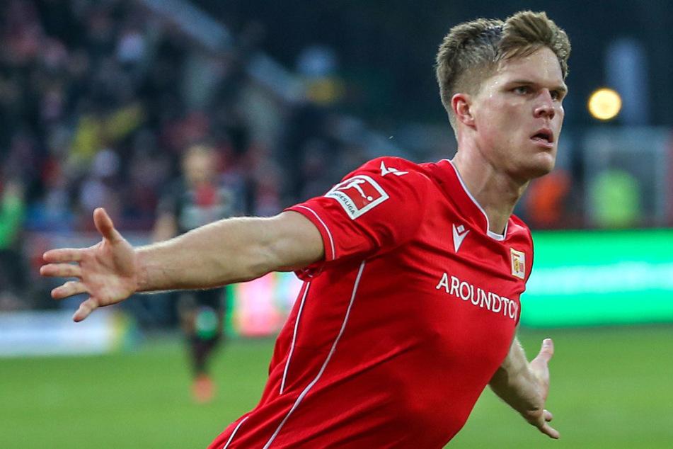 Unions Marius Bülter jubelt nach seinem 2:2 Ausgleichstreffer gegen Leverkusen.
