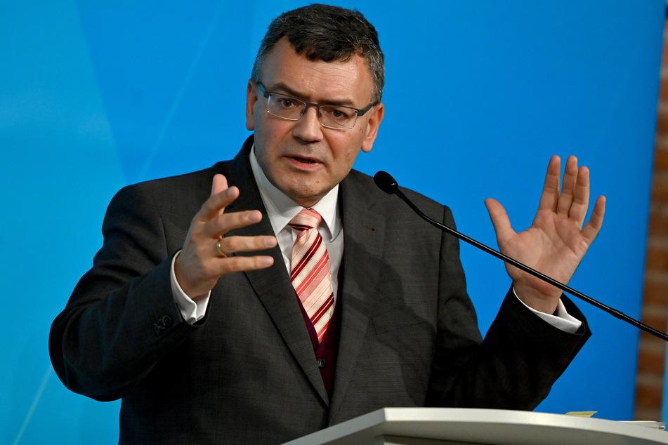 Laut Florian Herrmann (CSU) wird Bayern nichts an seiner Test-Strategie ändern.