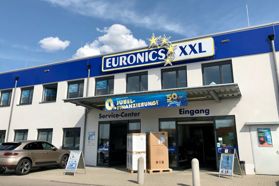 Euronics in Pfullendorf wieder offen! Bis Samstag (13.3.) gibt's mega Angebote!