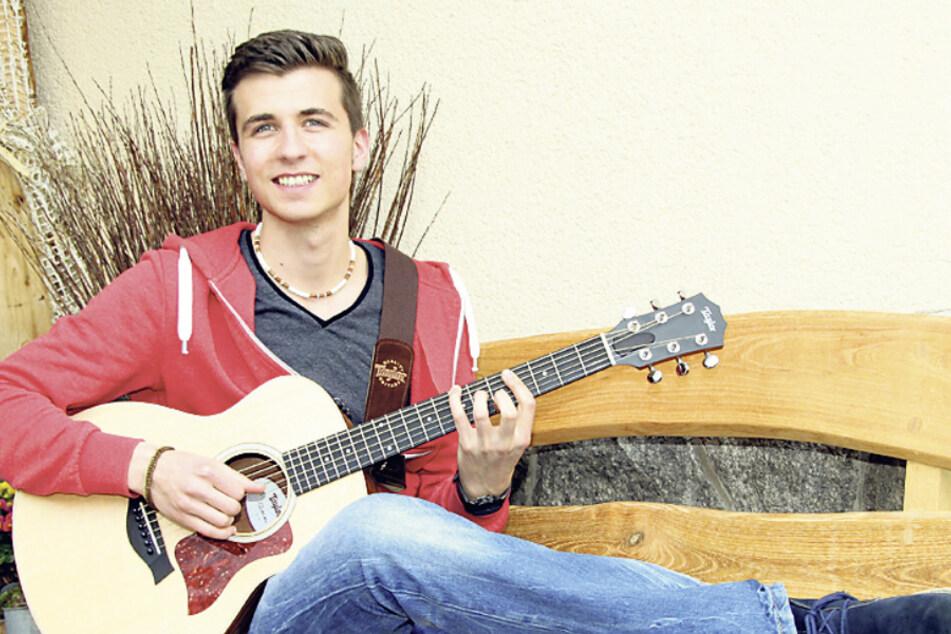 Musiker Florian Stölzel (25) zeigte Ross Antony die schönsten Seiten des Erzgebirges.