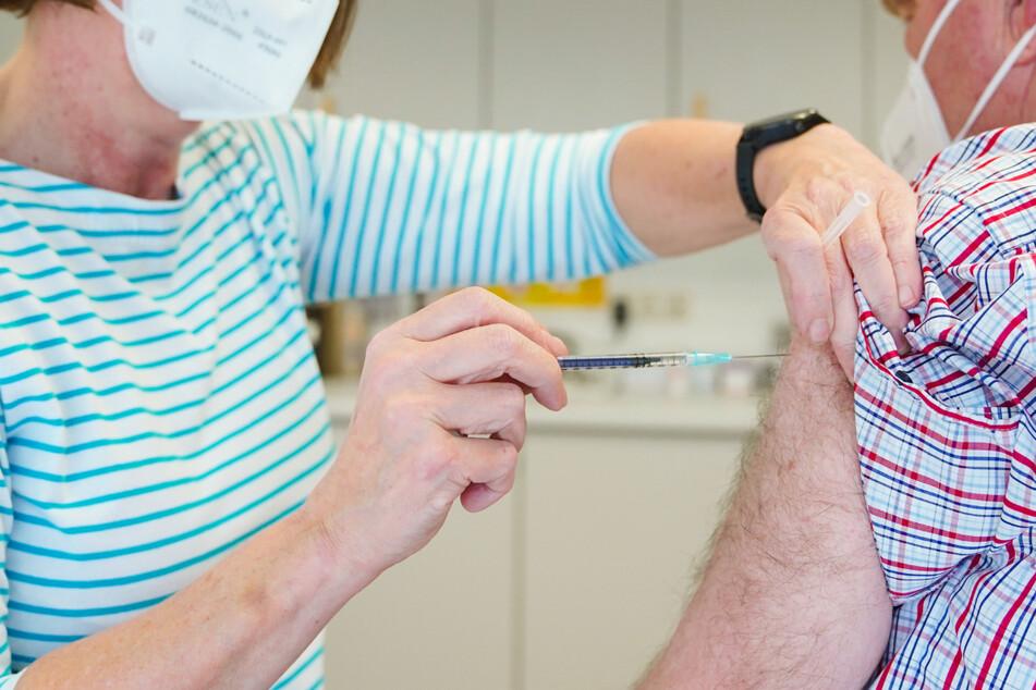 Bayern hat bei den Corona-Impfungen die Marke von vier Millionen überschritten! (Symbolbild)