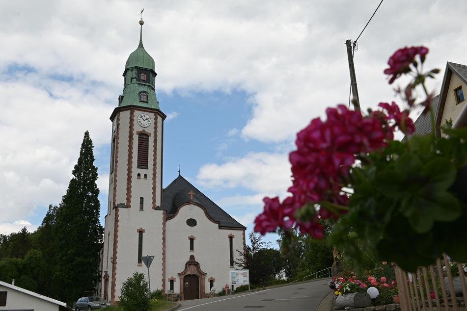 Die evangelische Kirche im Pobershau.