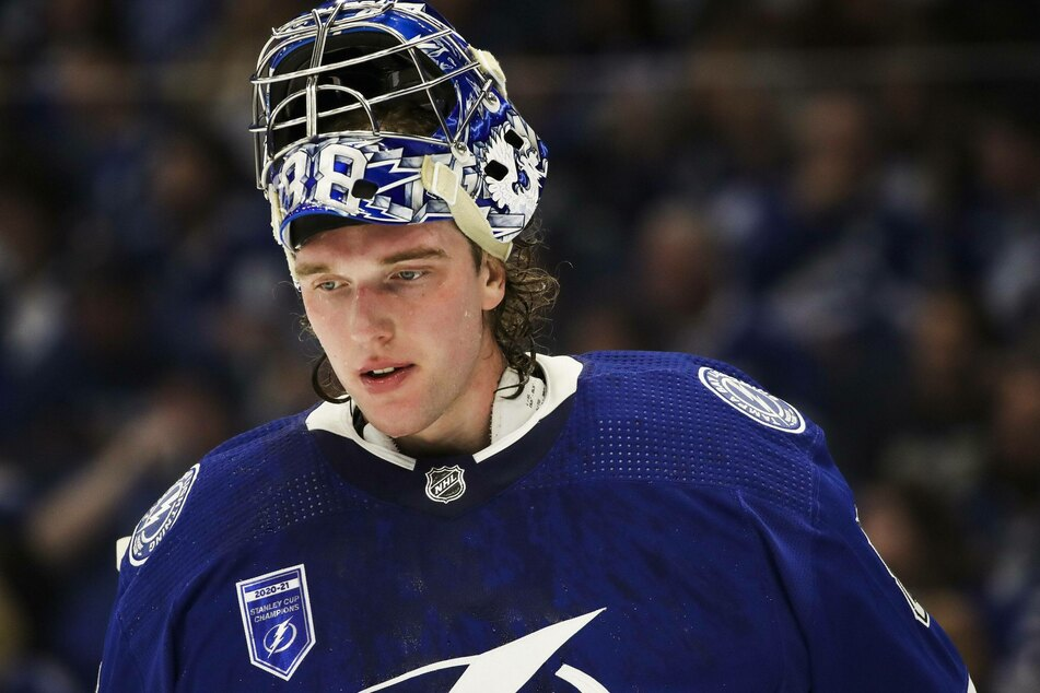 Andrei Vasilevskiy stopped 29 of 32 shots in Tampa's loss to Pittsburgh.